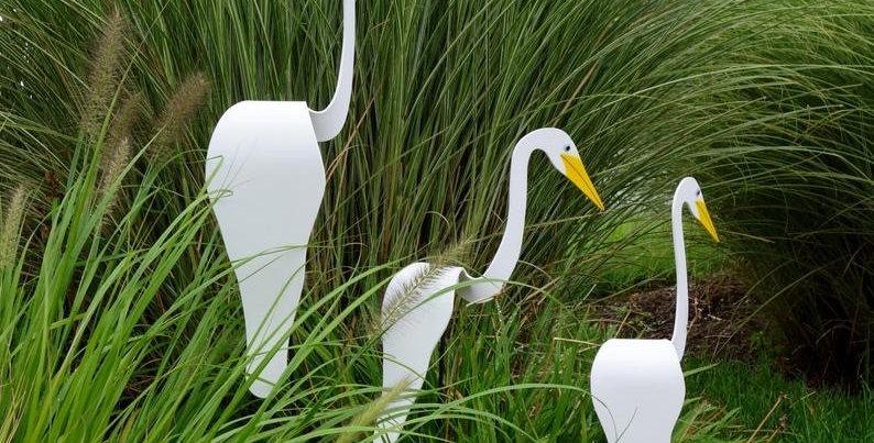 Dancing Bird Yard Ornament