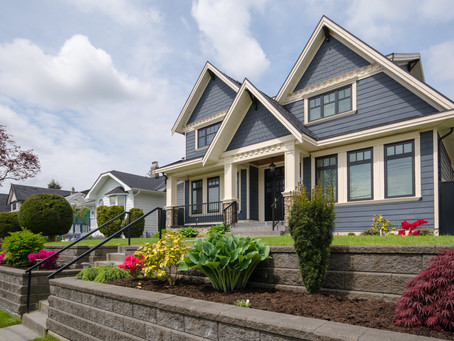 Your Questions Answered About Hiring a Professional Property Manager