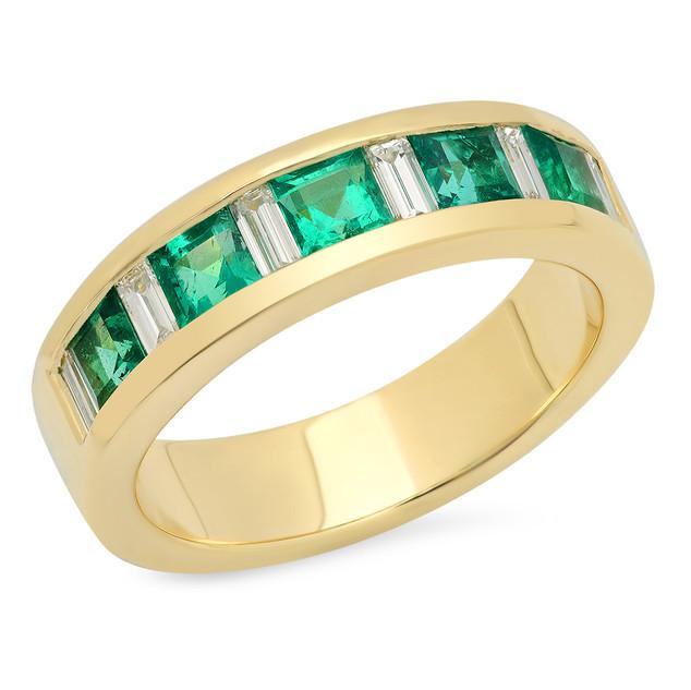 LRC150 YELLOW GOLD BAND W/ PRINCESS CUT EMERALDS AND DIAMOND BAGUETTES