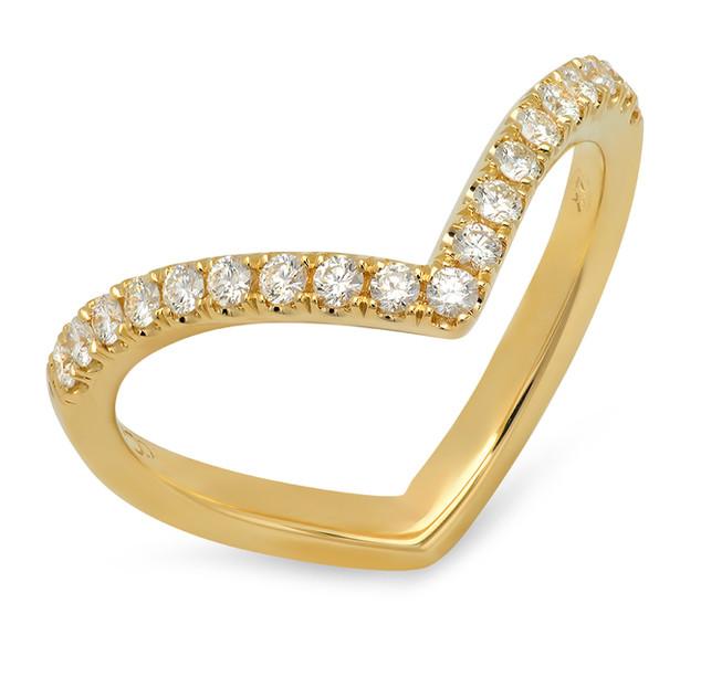 LRC4411 YELLOW GOLD V-SHAPE DIAMOND BAND