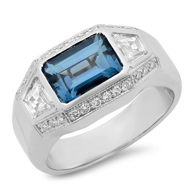 LRC117 CEYLON SAPPHIRE & TRAPEZOID DIAMOND RING