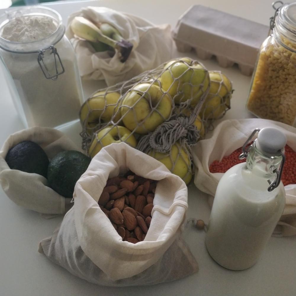 divers produits sans emballages plastiques