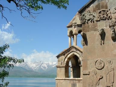 Insel_Akdamar_Աղթամար,_armenische_Kirche
