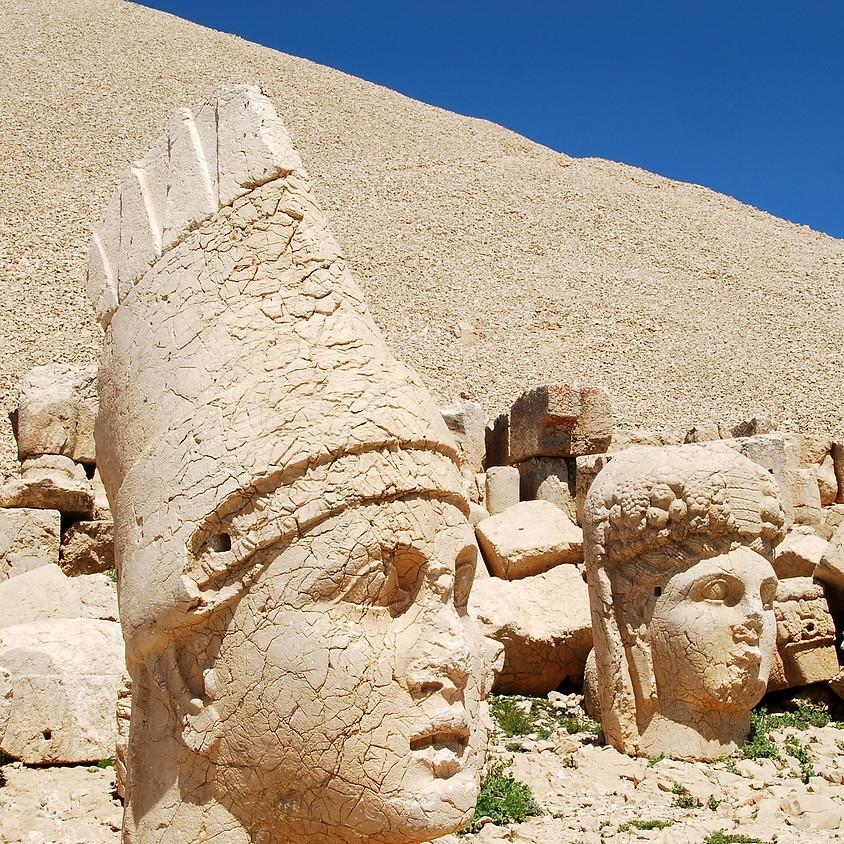 Visite au Mont Nemrut, le mausolée d'Antiochos 1er