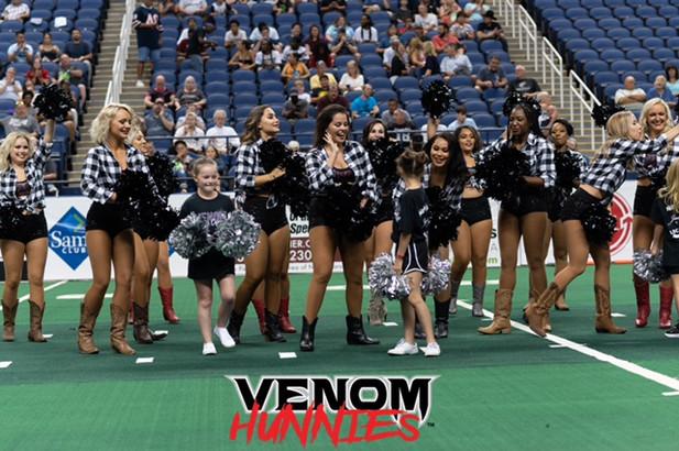 2021 Venom Hunnies
