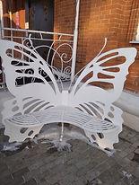 Скамья-бабочка. Плазменная резка. Деко Декоративная художественная ковка. Благовещенск. Изготовление и монтаж. Опыт работы более 20 лет.
