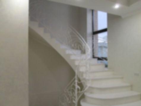 Кованая лестница. Деко Декоративная художественная ковка. Благовещенск. Изготовление и монтаж. Плазменная резка. Опыт работы более 20 лет.