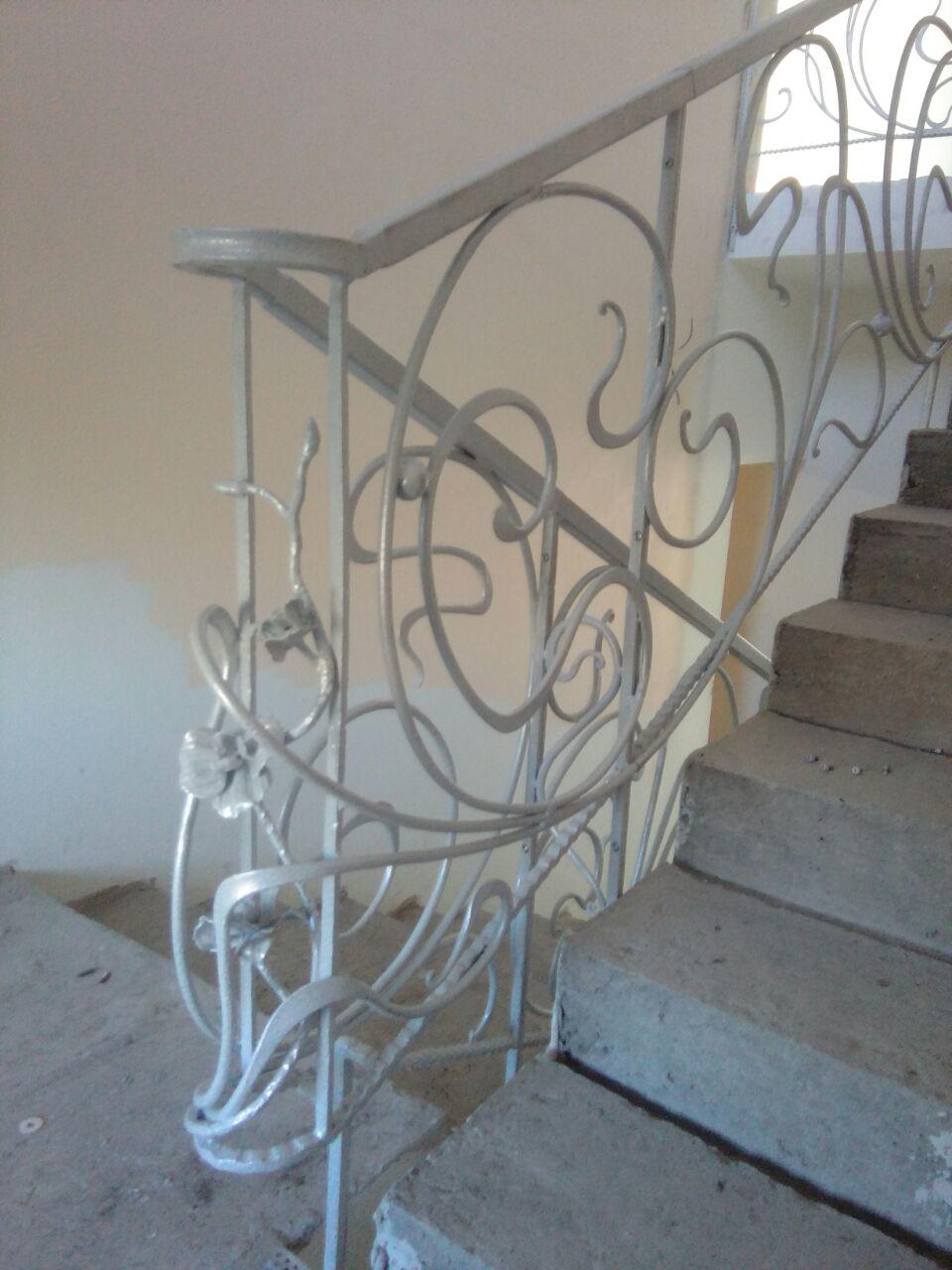 Кованая лестница. Лестничные ограждения