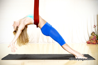 AIReal Yoga (V-Fit) small01 copy