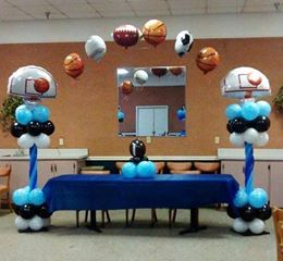 Balloon Arch & Centerpiece