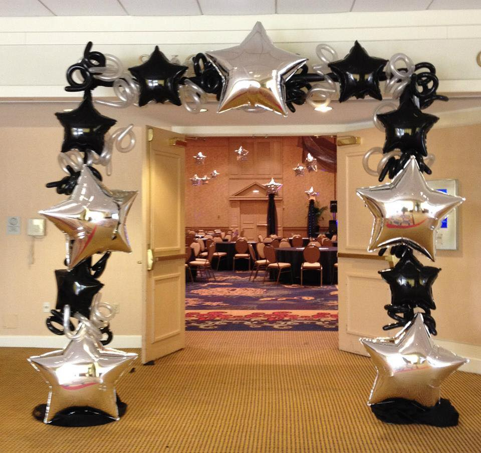 Balloon Star Arch
