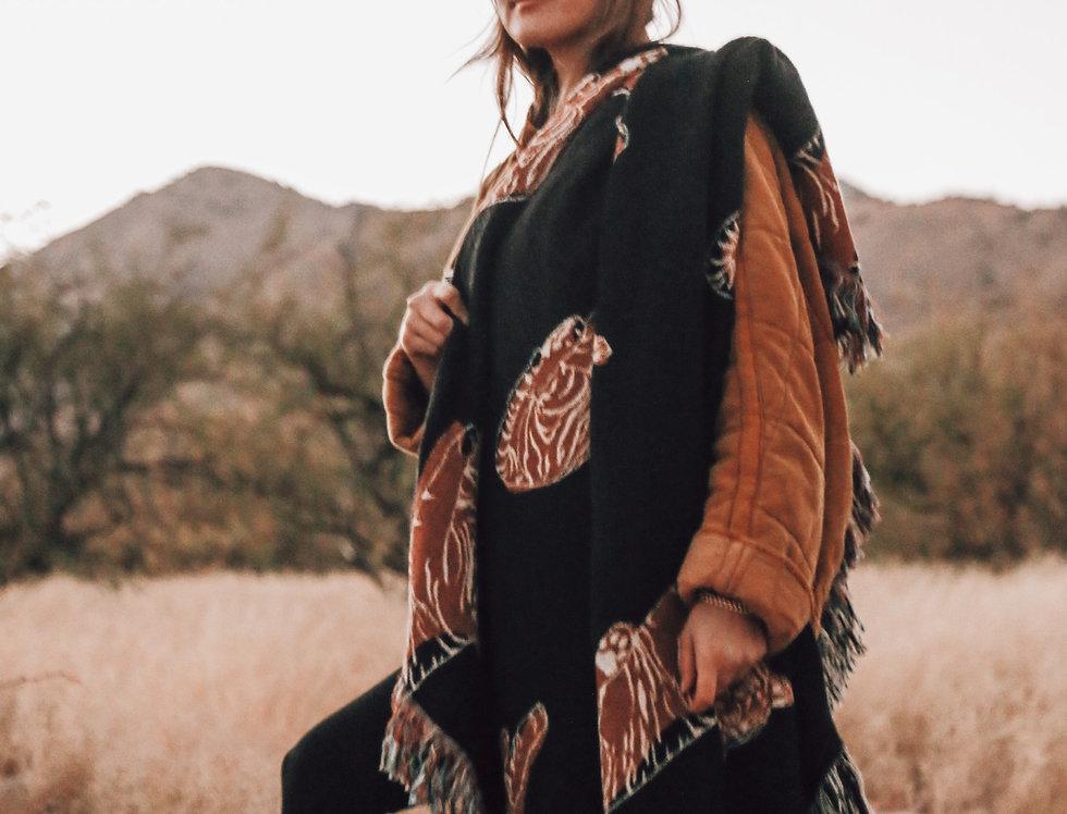 Roar Woven Blanket Black