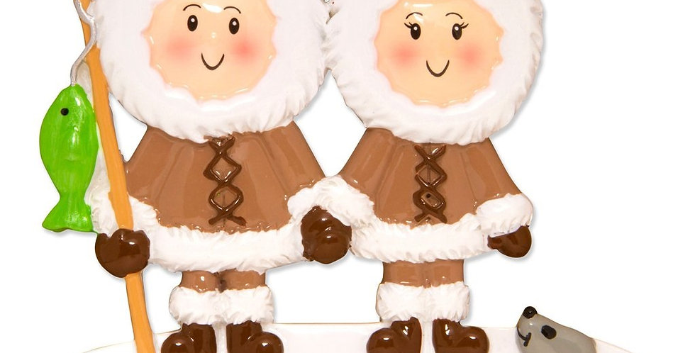 OR1607-2 - Eskimo Family Couple