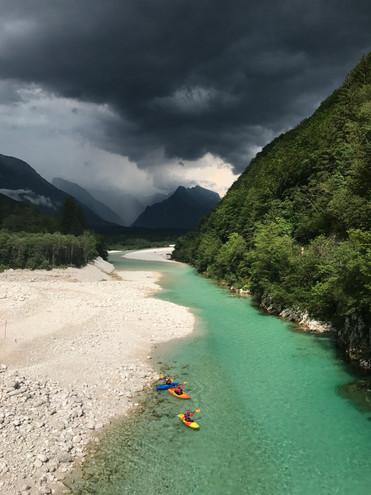 Kayak_Outdoor_Galaxy_3.jpg