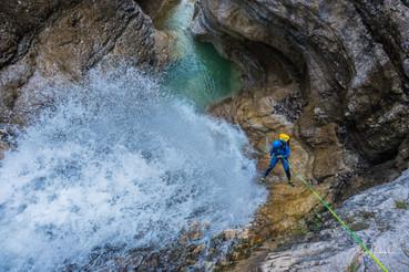 Canyoning_Predelnica_Slovenia_foto_Ziga_