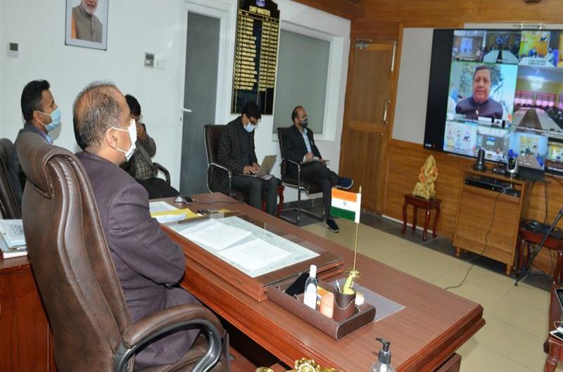 मुख्यमंत्री ने पंचायती राज संस्थाओं के प्रतिनिधियों से कोरोना संक्रमण रोकने में सहयोग का आग्रह किया