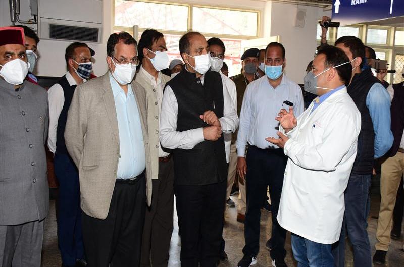 मुख्यमंत्री ने आईजीएमसी शिमला में ओपीडी कार्य की प्रगति का जायजा लिया