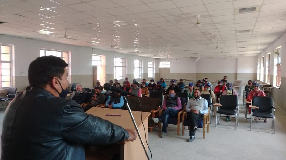 राजकीय महाविद्यालय राजगढ़ में एन एस एस का विशेष शिविर शुरू