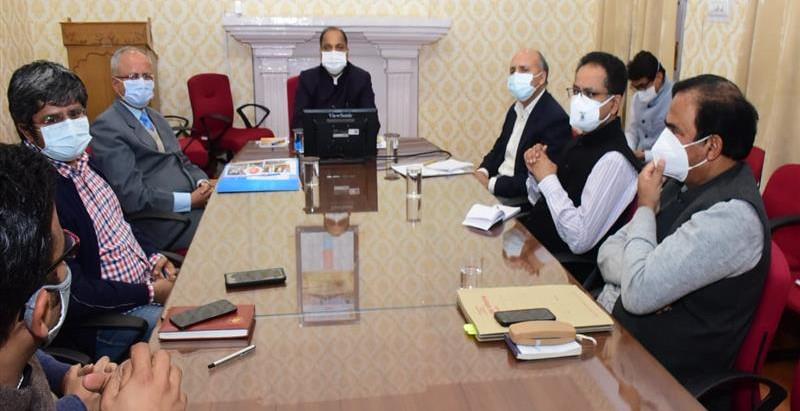 हिमकेयर और आयुष्मान भारत योजना के लाभार्थी कोविड-19 रोगियों को निजी अस्पतालों में निःशुल्क उपचार