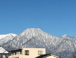 氷点下の朝の有明山