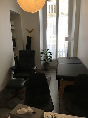 bureau avec table.JPG
