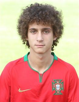 Vitor Andrade assina pelo SC Salgueiros!!