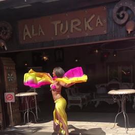 Rocking the red carpet _ A'la Turka #tur