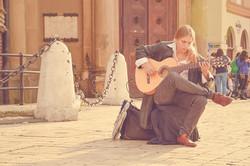 acoustic-guitar-1869787_640