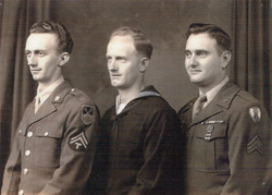 Ewald and Brothers In Army001