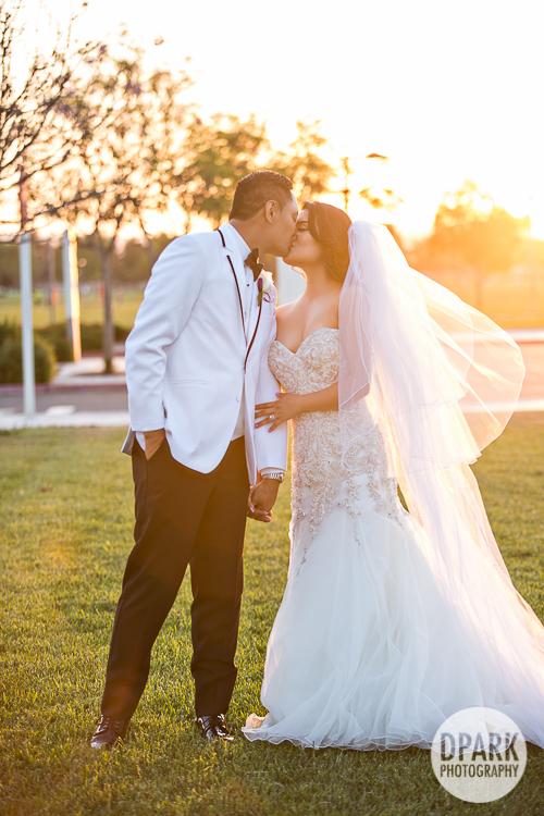 star-wars-purple-modern-chic-wedding-33