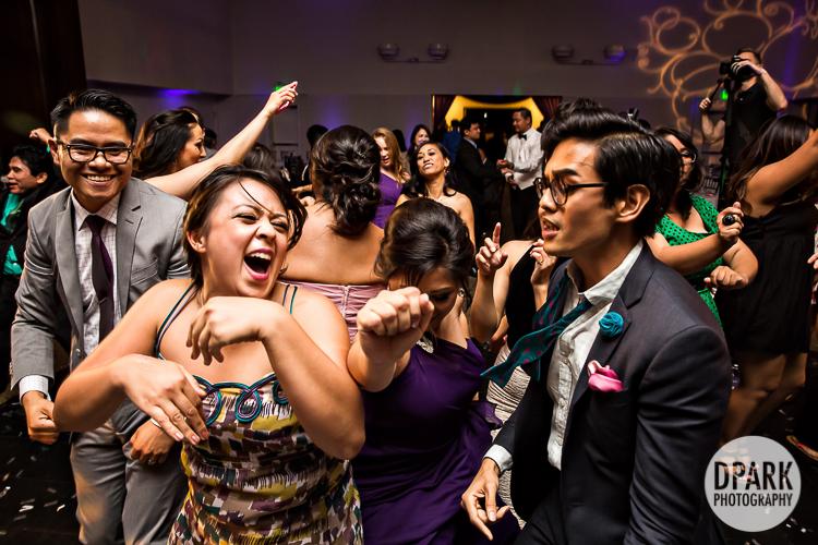 star-wars-purple-modern-chic-wedding-68