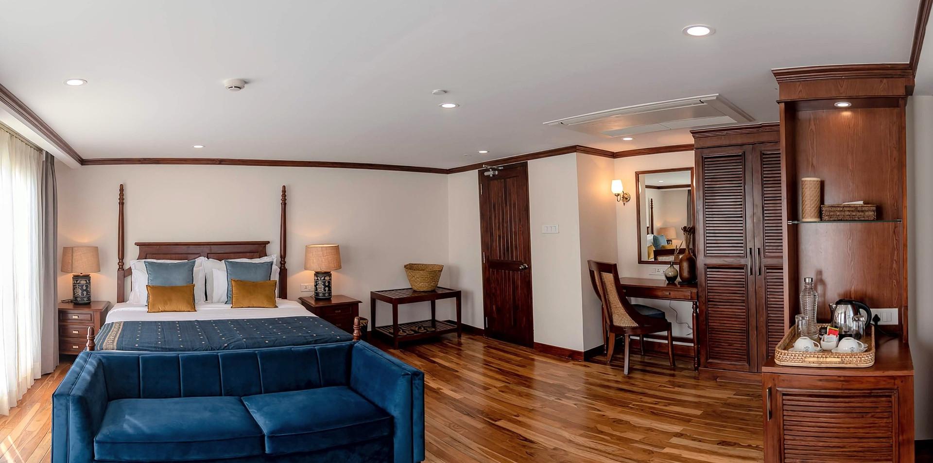 ABN Charaidew II deluxe cabin.jpg