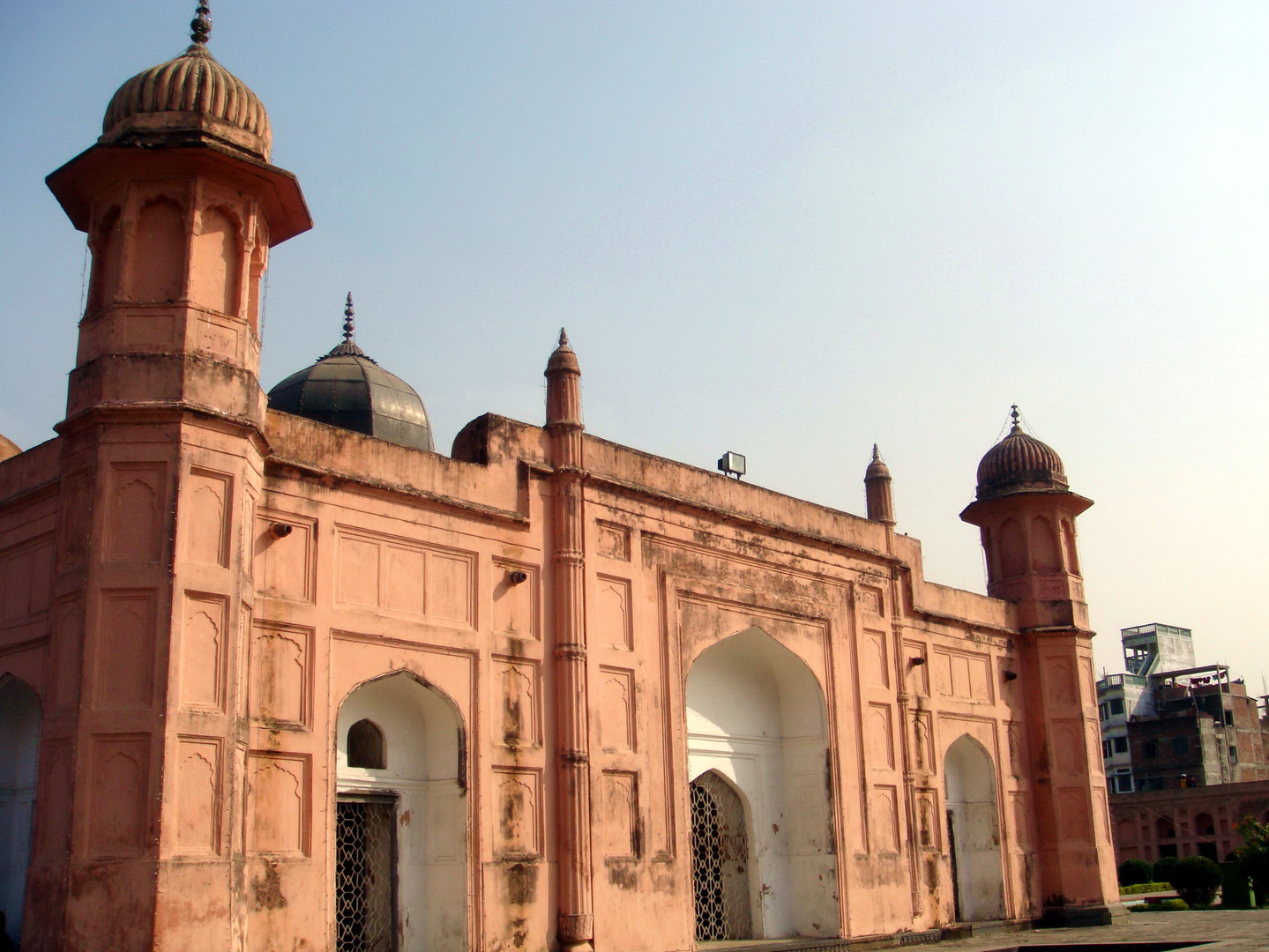 Lalbagh fort_Dhaka by flickr user Mirza