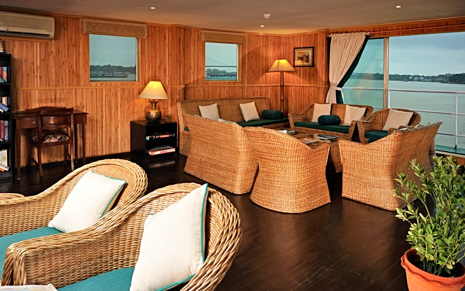 Living spaces of 12-cabin river vessel - RV.Sukapha