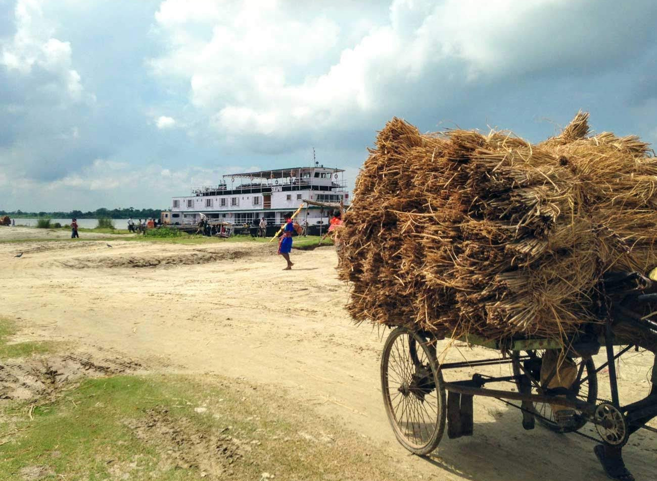 ABN Sukapha cart with hay_resized.jpg