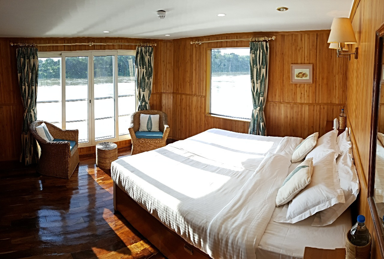 RV.Sukapha cabins are twin-bedded that can be made into a double bed
