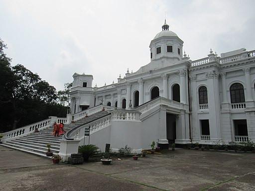 Tajhat palace rangpur.jpg