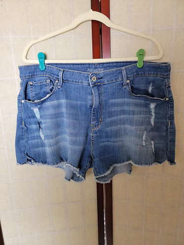 Signature by Levi Strauss Jean Shorts