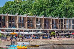 Shops Lake Anne Plaza, Reston VA © Melinda Z Szilagyi