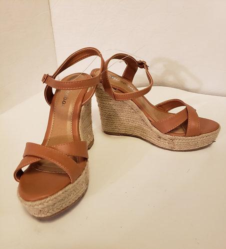 Weeboo Sandal Wedges Women's Size 8.5