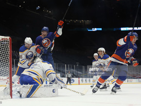 Sabres Give Up Three in Second, Cannot Recover in 5-2 Loss to Islanders