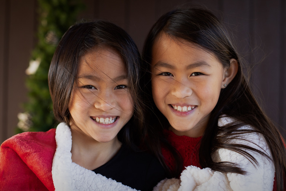 Christmas Sisters 2