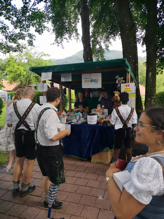 Ganz schön viel los beim Kräuterzauber in Bad Heilbrunn...