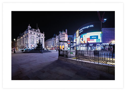 Piccadilly Circus IV