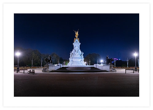 Victoria Memorial/Buckingham Palace