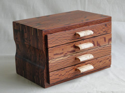 Hairy oak box