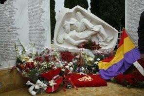 Un sentido homenaje a los fusilados del franquismo