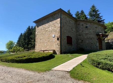 Château Rousset, location d'un gîte en Ardèche.