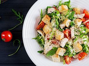 healthy-grilled-chicken-caesar-salad-wit