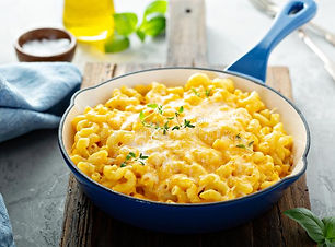 baked-mac-cheese-cast-iron-pan-154230407